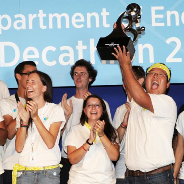 Solar Decathlon team celebrates